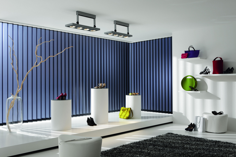 Markisen stodenberg for Store electrique interieur